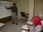 Tentor Kimia NF dalam Pelatihan Guru